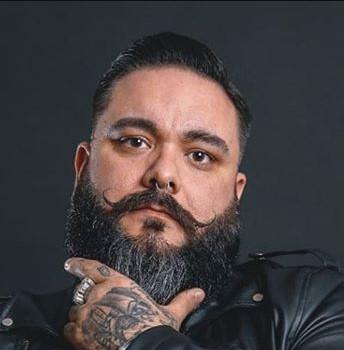 Carlos-The-Barber